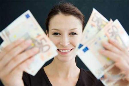 女人怎么挣钱快 女人手机挣钱的门路